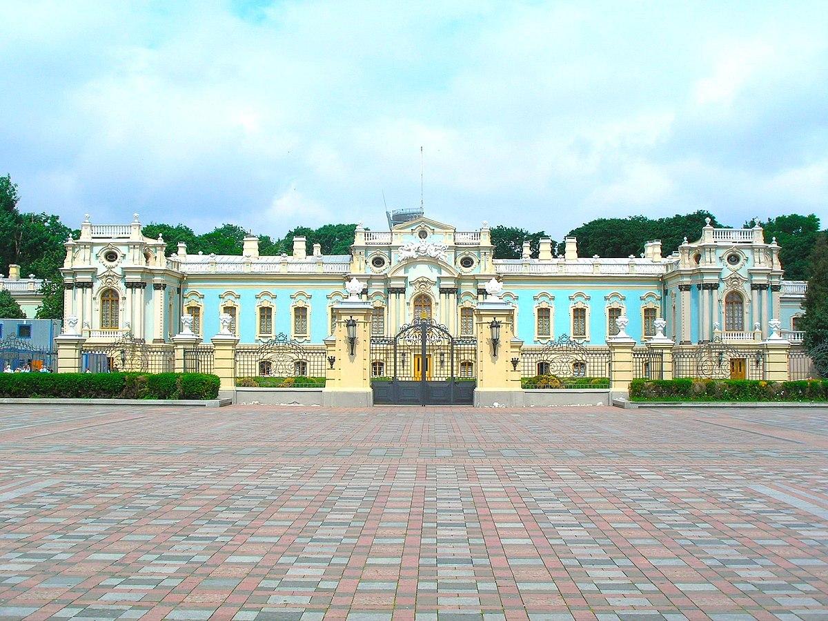 Окна в Мариинском дворце
