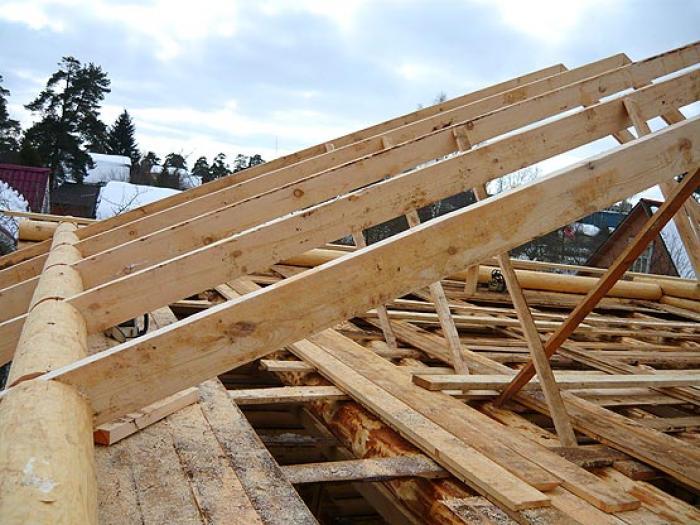 Устройство стропильной системы четырехскатной крыши: основные этапы